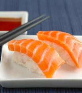 salmon-sushi-265x300